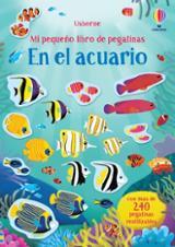 Mi pequeño libro de pegatinas. En el acuario